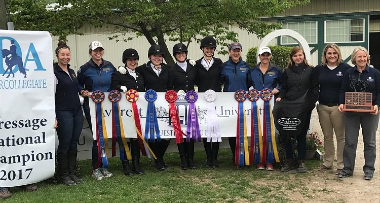 Four Lucky Intercollegiate Dressage Association Team Members   Win Custom Saddlery Saddles