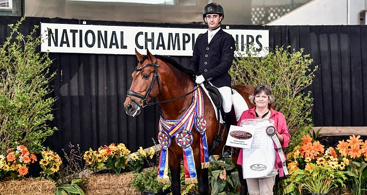 Antonio Garcia Roldan Named Custom Saddlery   Most Valuable Rider at IALHA Nationals
